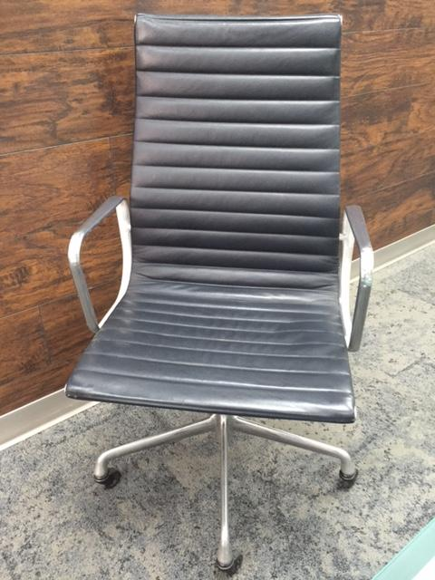 RENTAL Herman Miller Slate Grey  HB Eames - click to see full size photo