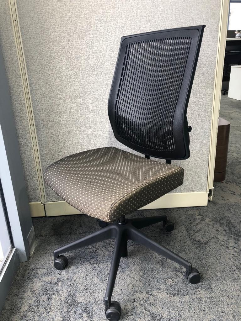 Sit on it Armless Task Chairs - click to see full size photo