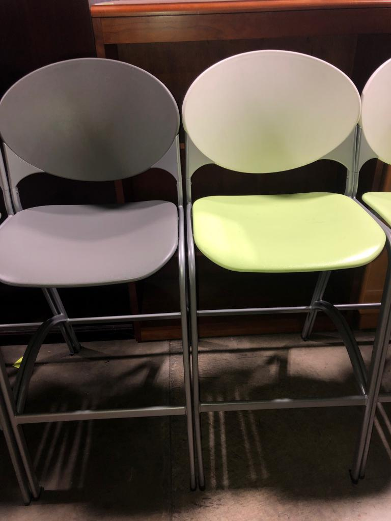 National Cinch Bar Height Stools - click to see full size photo