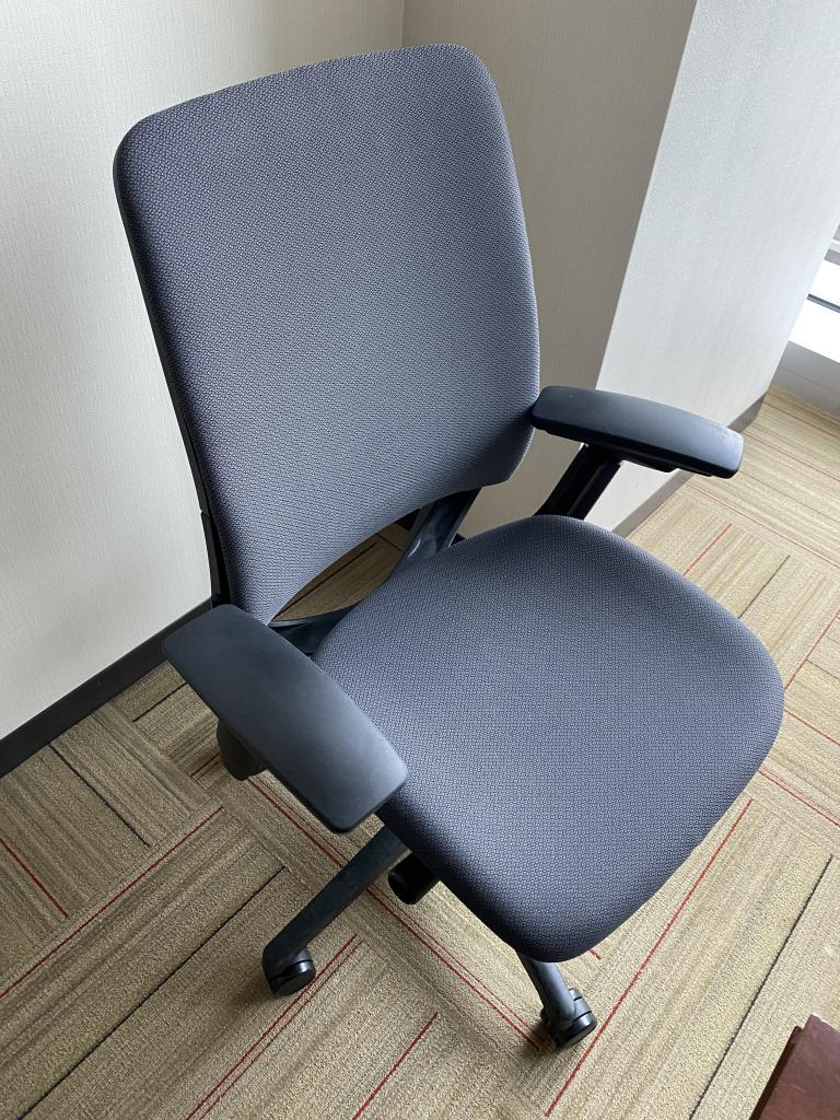 Steelcase Grey AMIA Task Chair - click to see full size photo