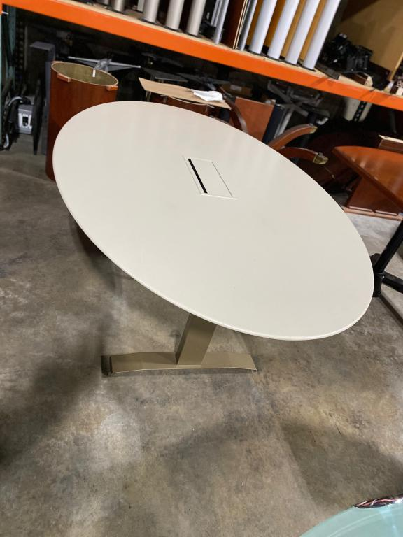 6' Oval Conference Table - click to see full size photo
